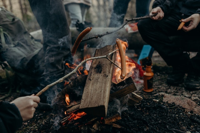 How to Grill in the Rain? Outdoor Grilling Tips & Tricks