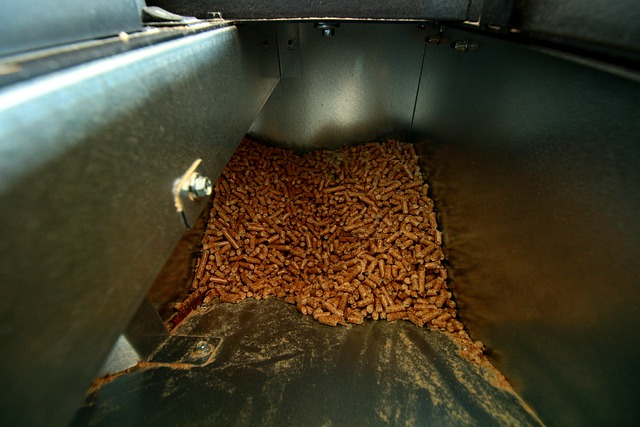 how to use wood pellets in charcoal grill? Easy Ways and Safety