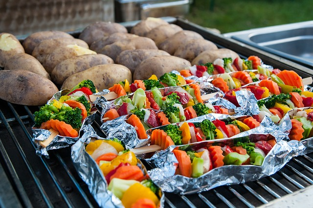 What is the advantage of a pellet grill?