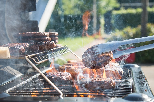 What Size Grill Do I Need? Best Grill Buying Guide